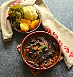 Portobello Pot Roast - Substituted portobello for button mushrooms. Left out flour, wine, onion and garlic. Add a 4 lb chuck roast and cook for 5 1/2 hours. Really good! ****