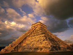 El Castillo pyramid in Chichen Itza, Mexico