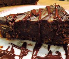 Ciasto orzechowo-korzenne - VeganLove - blog wegański z przepisami - wege przepisy Vegan Cheesecake, Interior, Blog, Indoor, Blogging, Interiors