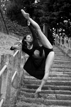 #ballerina #outdoors #dance #dancer #blackandwhite