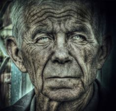 20 Étonnants Portraits HDR | More here : http://utopiie.com/blog/2009/11/28/20-etonnants-portraits-hdr/