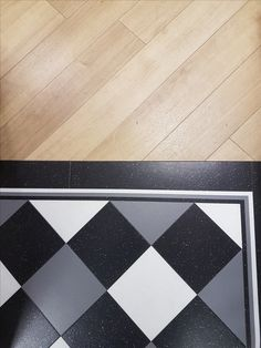 Our showroom floors showcasing #Amtico #collections   top: Amtico Signature White Oak  Bottom: Amtico Signature, Glint Orb, Glint Void and Shimmer Denim  #amtico #signature #flooring #luxury #vinyl #york