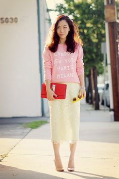 HallieDaily  Chic Casual Style in Sweatshirt and Lace Pencil Skirt_4