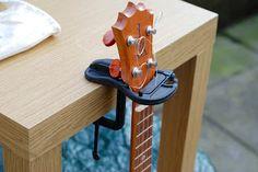 Pub Prop ukulele stand