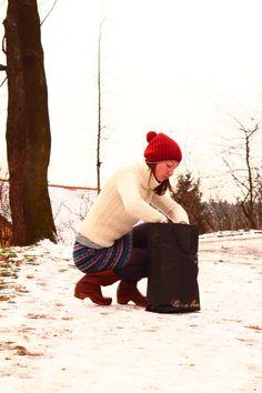pom-pom hat by POTSandKNITS on Etsy