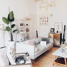 15 Modern Living Room Design Ideas to Upgrade your Home Style – My Life Spot Living Room Interior, Home Living Room, Living Room Designs, Living Room Decor, Diy Home Decor For Apartments, Home And Deco, My New Room, Home Furniture, Small Furniture