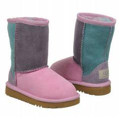 #boots, fall fashion, girls boots, girls fashion, tween blogging, tween fashion, tween girls, #tweens, #uggs,