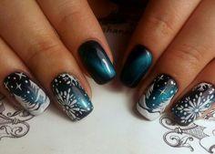 20 Trendy nails design new years eye makeup Xmas Nail Art, Gold Nail Art, Rose Gold Nails, Xmas Nails, New Year's Nails, Glitter Nail Art, Purple Nails, Holiday Nails, Christmas Nails