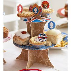 Interesting examples of 'cake toppers' or mini-flags with a British theme. Royal Baby Party, Cardboard Cake Stand, Blue Party, Tea Cakes, Party Items, Party Cakes, Let Them Eat Cake, Mini Cupcakes, Gingerbread Cookies