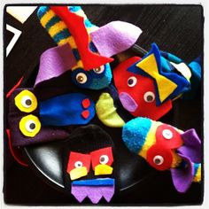 Adorable and easy to make sock puppets!