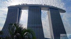 Marina Bay Sands (Blick von Gardens by the Bay) - Check more at https://www.miles-around.de/hotel-reviews/marina-bay-sands/,  #Architektur #Bewertung #Casino #ChairmanSuite #Essen #Hotel #InfinityPool #Kooperation #Lounge #Luxus #ObservationDeck #Pool #Reisebericht #Singapur #SkyPark #Urlaub