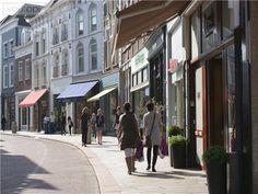 Vughterstraat: leuke winkeltjes die net anders zijn dan anders en aak ook net buiten de geijkte paden liggen.
