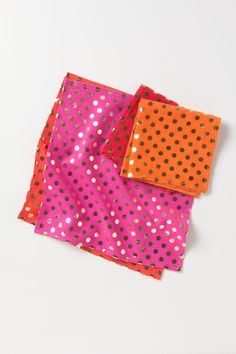 Fancy huh? They need no explanation. Foiled Dot Napkins l Anthropologie.com