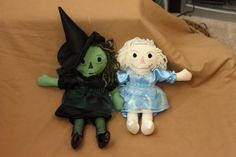 Made to order Wicked dolls Galinda (Glinda) and Elphaba