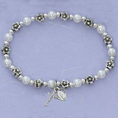 Pearl Bracelet with Crucifix