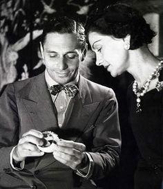 Coco Chanel & Fulco di Verdura (1937, by Boris Lipnitzki) #CocoChanel Visit espritdegabrielle.com | L'héritage de Coco Chanel #espritdegabrielle