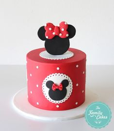 Minnie Cake by The Family Cakes Bolo Da Minnie Mouse, Mickey And Minnie Cake, Bolo Mickey, Mickey Mouse Cupcakes, Mickey Cakes, Mini Mouse Birthday Cake, Mini Mouse Cake, 1st Birthday Cakes, Mickey Mouse Birthday