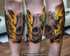 Тату реализм череп светится, свет внутри черепа. Мастер Алексей Михайлов город Екатеринбург #tattoo #skull #realistic #тату #череп #реализм #желтый #эскиз   https://vk.com/tattoo_design - найти эскиз татуировки