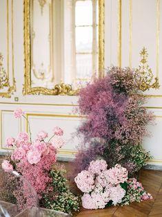 Grand & opulent wedding ideas from Paris | Paris Wedding Inspiration Plum Wedding, Wedding Reception Flowers, Paris Wedding, Floral Wedding, Wedding Colors, Wedding Styles, Dream Wedding, French Wedding, Reception Ideas