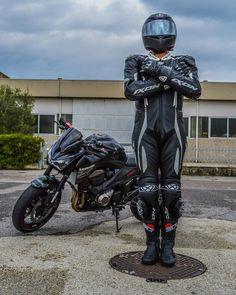 Ixon biker in Sidi boots Motorcycle Suit, Super Mario Bros, Biker, Superhero, Friends, Boots, Fictional Characters, Instagram, Italia