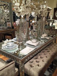 Dining room – Home Decor Designs Dinning Room Table Decor, Elegant Dining Room, Luxury Dining Room, Deco Table, Dining Room Design, Dining Rooms, Kitchen Decor, Glam Living Room, Living Room Decor