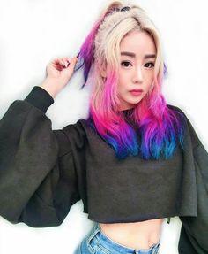 Easy Hairstyles for Long Hair in 2019 Hairstyles for medium length hair Pastel Hair, Purple Hair, Ombre Hair, Easy Hairstyles For Long Hair, Pretty Hairstyles, School Hairstyles, Prom Hairstyles, Braided Hairstyles, Wengie Hair