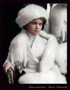 Romanov Family Execution, Olga Romanov, King Alexander, Familia Romanov, Romanov Sisters, Family World, Grand Duchess Olga, House Of Romanov, Bathing Costumes