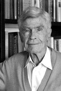 Mario Augusto Bunge, físico, filósofo, epistemólogo y humanista argentino. Premio Príncipe de Asturias de Comunicación y Humanidades, 1982.