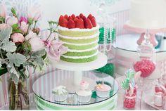 Looooove this cake