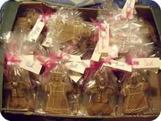 Not Just Apples: eighty gingerbread bride & groom wedding favors