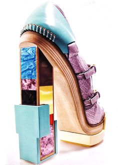 Balenciaga by Nicholas Ghesquiere.Artisanal elements and saturated hues equal monumental heels. Creative Shoes, Unique Shoes, Funky Shoes, Kinds Of Shoes, Weird Shoes, Crazy Heels, Christian Louboutin, Balenciaga Shoes, Shoe Art