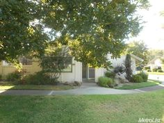 3073 Swallows Nest Dr, Sacramento, CA 95833. 2 bed, 2 bath, $247,000. Own this great HUD H...