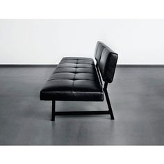 Norman Foster, Foster 510 Sofa.