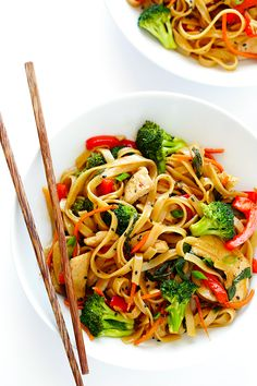This Sesame Chicken Noodle Stir-Fry recipe is quick and easy to make, easy to customize with whatever fresh veggies or greens you have on hand, and it's tossed with the most delicious sesame-soy vinaigrette! Chicken Stir Fry With Noodles, Stir Fry Noodles, Rice Noodles, Stir Fry Recipes, Cooking Recipes, Asian Recipes, Healthy Recipes, Easy Recipes, Healthy Snacks