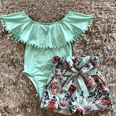 Baby Clothes Boutique - online baby clothes stores where you can find fashionable baby clothes. There is a kid and baby style here. Baby Girl Fashion, Kids Fashion, Fashion Outfits, Kids Outfits Girls, Cute Baby Girl Outfits, Kid Outfits, Baby Kids Clothes, 18 Month Girl Clothes, Matching Family Outfits