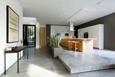 Artful Display of Lines and Japanese Influences: Project 355 Mansfield in California - http://freshome.com/2014/03/28/artful-display-lines-japanese-influences-project-355-mansfield-california/