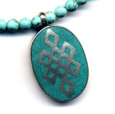 Eindeloze knoop ketting, Tibetaanse hanger ketting, magnesiet ketting, hanger Turkoois ketting, Nepal, Nepal handgemaakte sieraden van AnnaArt72