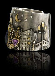 Cuff by Linda Ladurner. Gold, silver, citrine, labradorite, emerald, diopside, amethyst, iolite, tourmaline, moonstone and diamonds.
