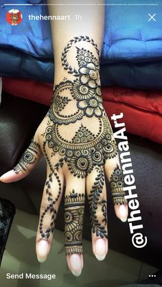 Beautiful henna tatoo Plus Unique Mehndi Designs, Beautiful Mehndi Design, Mehndi Designs For Hands, Henna Tattoo Designs, Mehandi Designs, Henna Tattoos, Henna Mehndi, Mehendi, Pakistani Mehndi