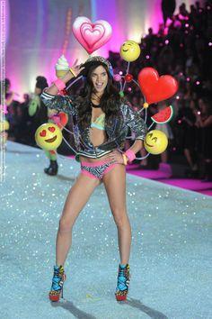 1e583826e14 Sara Sampaio Photos - Model Sara Sampaio walks the runway at the 2013 Victoria s  Secret Fashion Show at Lexington Avenue Armory on November 2013 in New York  ...