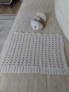 Home Decor, Crochet Stitches, Bed Covers, Crocheting, Needlepoint, Decoration Home, Room Decor, Home Interior Design, Home Decoration