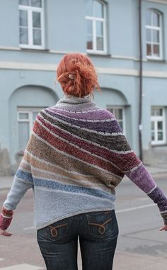 This is definitely going in my Ravelry queue Ravelry: Project Gallery for Enchanted Mesa pattern by Stephen West