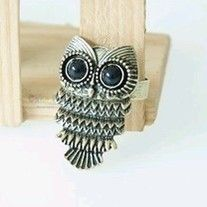 This cute owl ring is perfect for everyday use.  #ring #trendy #style #charmsandstyle   Adjustable Head size:2*3.4CM