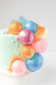 Gelatin Bubbles Learn how to make gelatin bubbles that will make you look like a cake decorating whiz