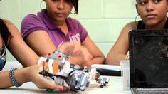ELLAS HABLAN Porque es importante la formación de las niñas y las adolescentes en las tecnologías para acabar con la brecha digital de género.  Vídeo sobre la experiencia educativa de CIPAF en los clubes de supermáticas y e-chicas con la confección de robots.