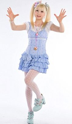 Venus Angelic! I absolutely love this girl to death because she is just so kawaii and I absolutely love her style.