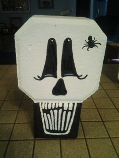 painting on paver bricks - - Yahoo Image Search Results Painted Bricks Crafts, Brick Crafts, Painted Pavers, Brick Projects, Stone Crafts, Painted Rocks, Halloween Skull, Halloween Crafts, Fall Crafts