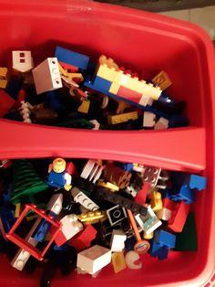 Lego system 4128 vintage 1997 creations Freestyle 650 pieces by RhiannonsDragonLair on Etsy Lego Creationary, Lego Toys, Lego Board Game, Board Games, Republic Gunship, Lego Videos, Free Lego, Lego System, Lego Projects