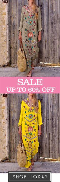V-Neck Bohemian Printed Dress - Moda Donna Boho Fashion, Fashion Dresses, Estilo Hippie, Bohemian Print, Bohemian Style, Moda Chic, Mode Boho, Belted Shirt Dress, Elegant Dresses