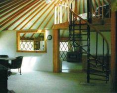yurt with loft:   Google Image Result for http://3.bp.blogspot.com/_cNn1fITkEdM/TTiLj-ABZhI/AAAAAAAAAFc/z6CoyfULr9M/s1600/loft_in_yurts.jpg